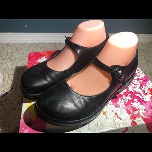 Dansko Black Leather Ankle Strap Mary Jane Sandals